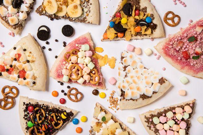 「MAX BRENNER CHOCOLATE PIZZA BAR」がラフォーレ原宿にオープン「マックス ブレナー チョコレート ピザ バー(MAX BRENNER CHOCOLATE PIZZA BAR)」ではミルクチョコレートやホワイトチョコレートをはじめとする5種類のベースピザと約15種類のトッピングを用意し、自分好みにカスタマイズしたオリジナルのチョコレートピザが楽しめる。