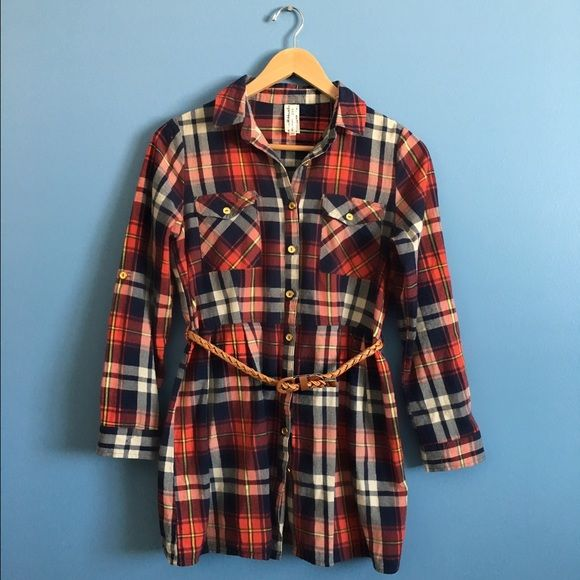 Flannel Tunic Boutique flannel tunic with belt. Tops Button Down Shirts