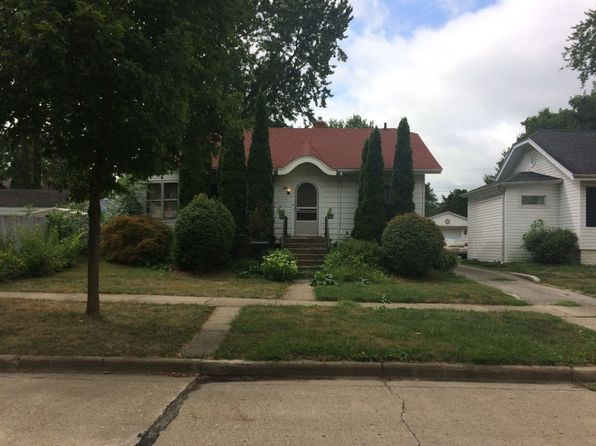 For sale: $90,157. Investor opportunity! This property is being offered at Public Auction on 11-17-2017. Visit Auction.com now to see the Estimated Opening Bid, additional photos, Property Reports with Title information, Plat maps and Interior Inspection Reports when available. Auction.com markets Foreclosure Sale properties throughout Illinois for banks, financial institutions and government agencies who are very motivated to see these properties sell to investors. The majority of these…