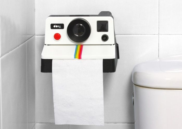 Polaroid Toilet Paper Holder: Say Cheese and Wipe!