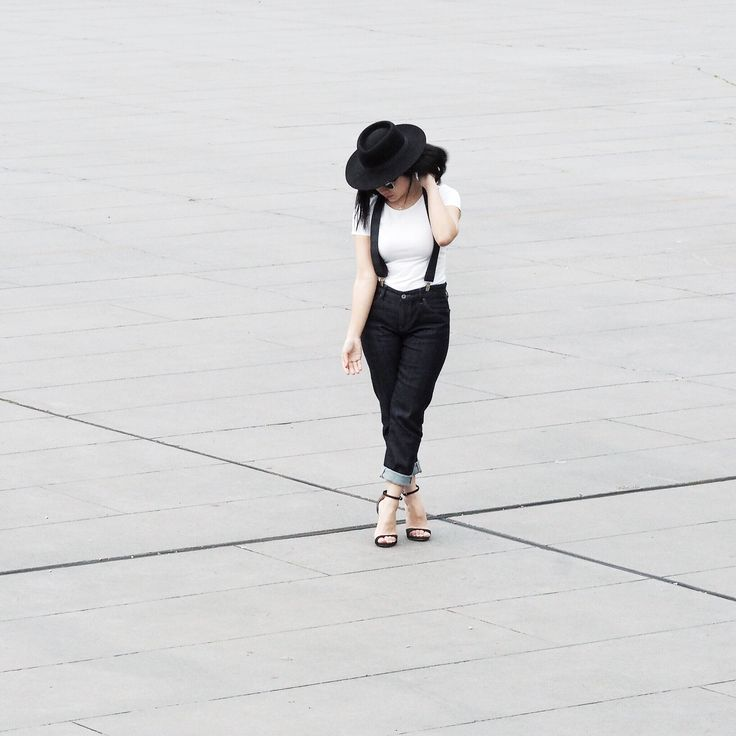 All about the symmetry - Uniqlo denims