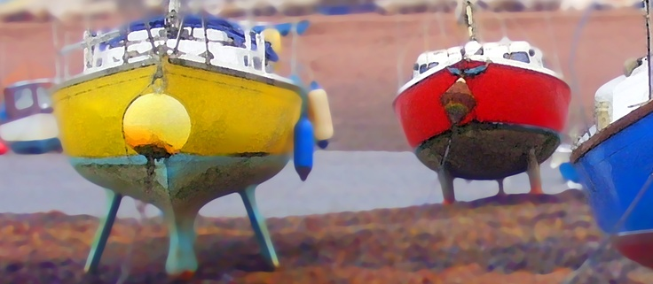 Sailing boats high and dry at low tide - Romantic Seaside Holiday Cottages South Devon
