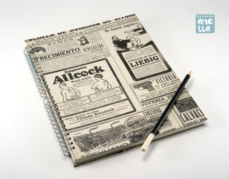 Libreta hecha a mano reciclando 4 páginas de  una vieja revista de actualidad del año 1913.