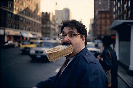 Jeff Mermelstein, en favorit, gatufoto och boktema, önskar att jag stötte på den här mannen, men hade jag tagit bilden? Ja...   fotografía callejera al cuadrado, Jeff es genial   Great street photographer