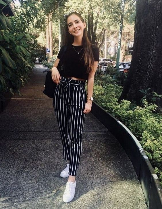 37 Black and White Outfits Make You Fashionable