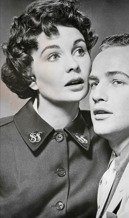 Promotional shot of Jean Simmons, Marlon Brando for Guys and Dolls (1955)