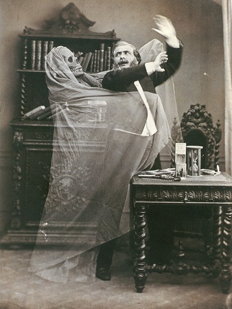 Spirit Photograph, 1863Vintage Halloween, Ghosts Photos, Ghosts Pictures, Vintage Photos, Haunted House, Old Photos, Cameras Tricks, Halloween Photos, Photography