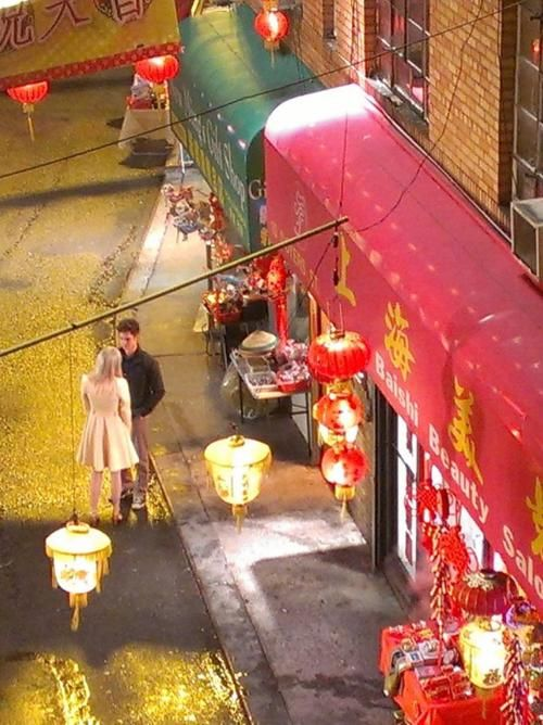 Emma Stones Gwen Stacy Glimpsed In Chinatown