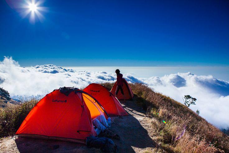 Camping at the Plawangan Sembalun crater rim on Mt Rinjani Lombok