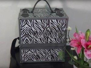Ideas con cajas de zapatos, como maletin de maquillaje, organizadores de cables...
