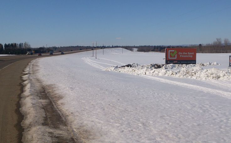 Go Auto's Trailer Billboard on the highway outside of Spruce Grove gets plenty of views from commuter traffic heading to and from the city. #outdooradvertising #alternativeadvertising #billboards #outofhomemarketing
