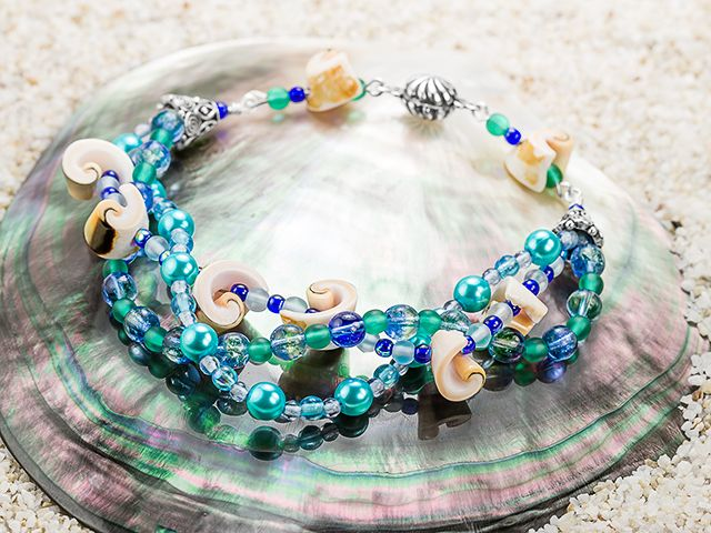 long beach bracelet designed by artbeadsvisit a sunny expanse of ocean and sand in style with this fun bracelet design - Bracelet Design Ideas