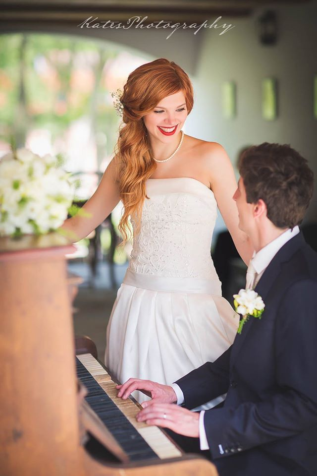 KLÁRA & DAVID`s WEDDING Make-up & Hair Styling: Petra Soukupová Photo: Kates Photography katesphotography.cz/