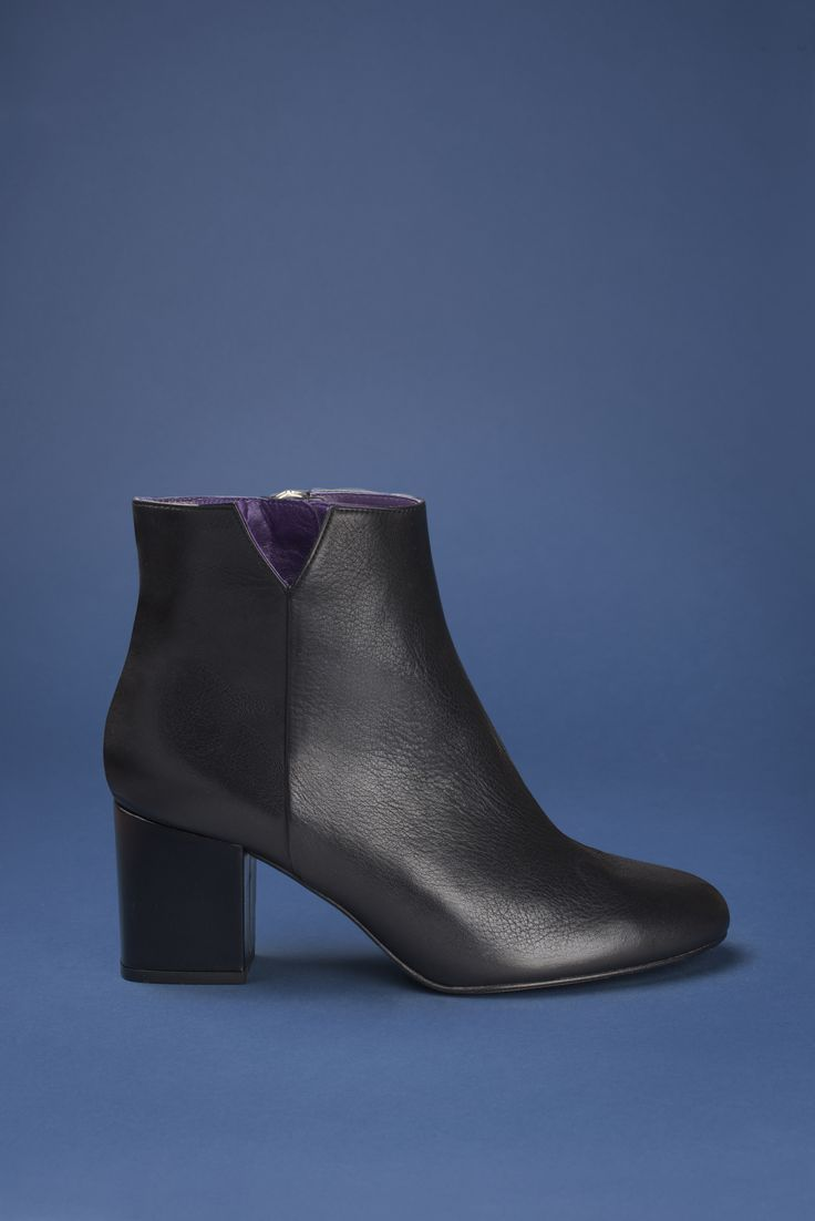 Virgin cuir noir #anaki #shoes #leather #boots #bottines #blackshoes #noir #chaussures #rock #womenshoes #frenchdeisgner #ootd