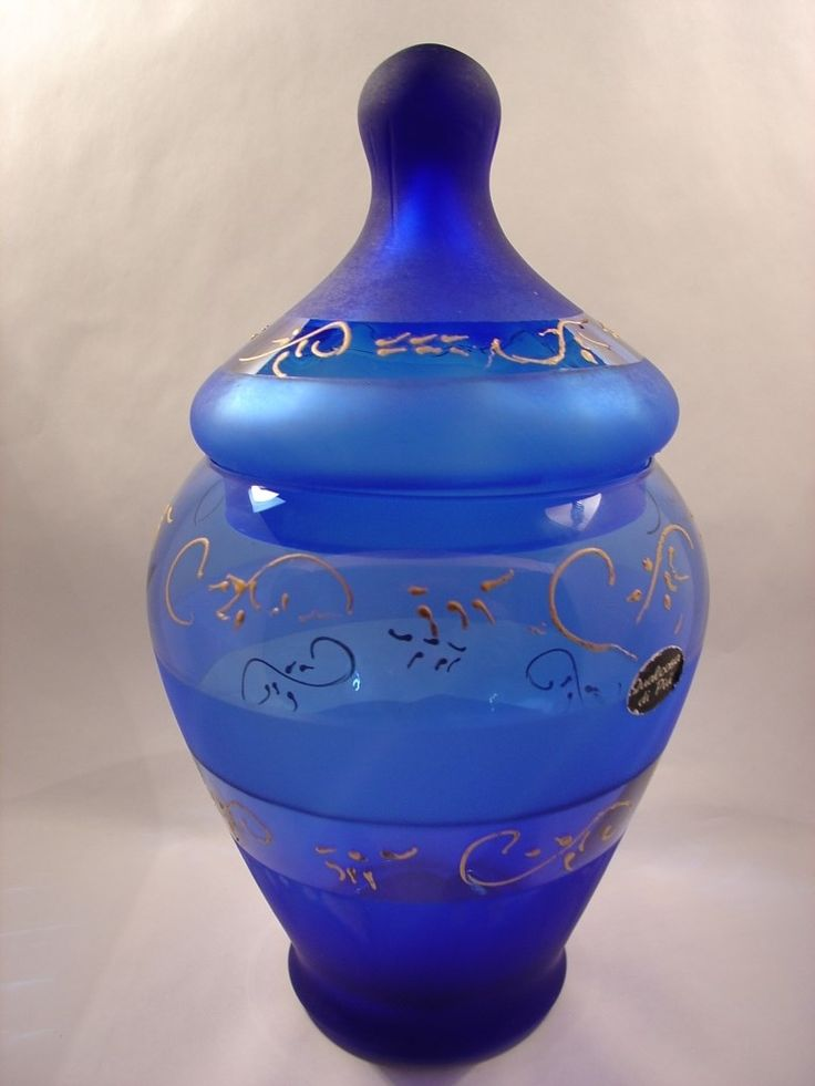 blue jar- vase with lid made in Italy