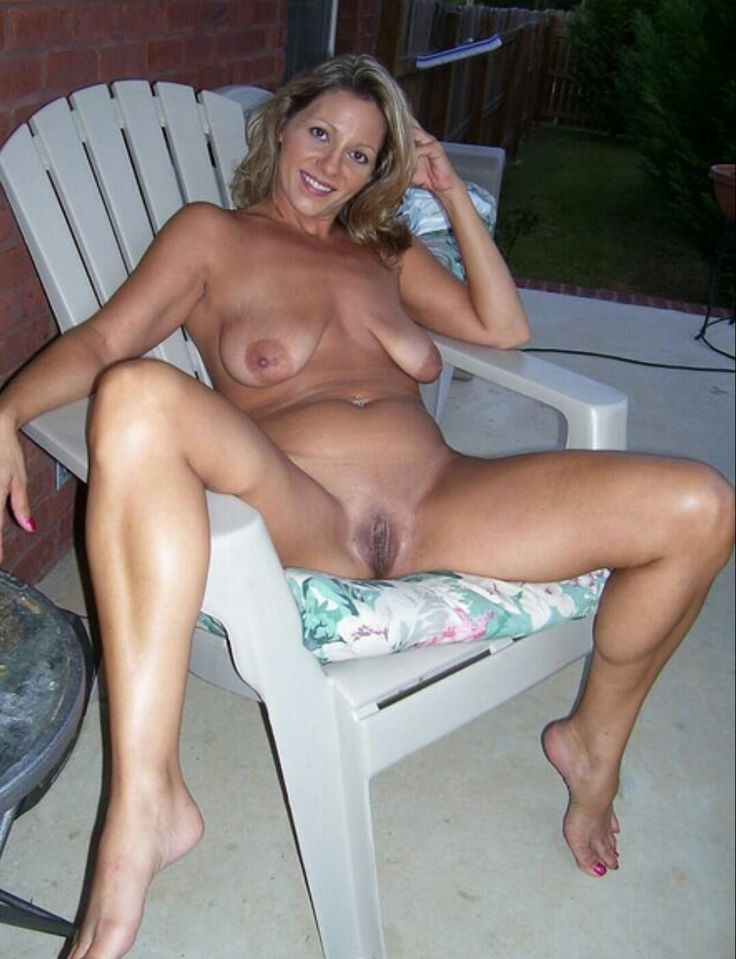 Husbands pictures of mature naked wife