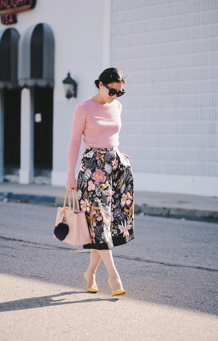 Feminine in Pink: Summer Knit Top & Floral Midi Skirt