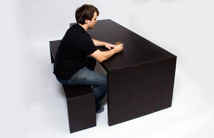 Stôl a lavica stratia farbu, keď sa ich dotkne niečo teplé – Doba Mag.