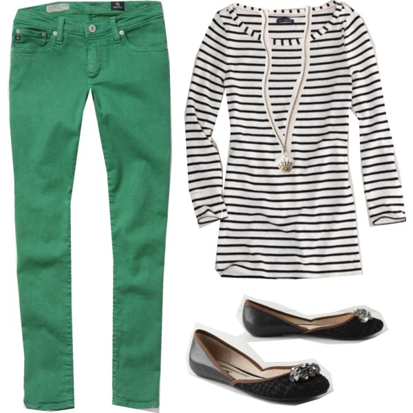 Preppy but chic!  Green pants