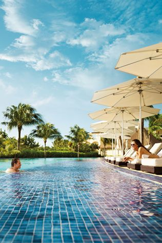 Destination Honeymoon - Your fairytale all-inclusive honeymoon is possible at Palace Resorts in Mexico and Jamaica #tropicalhoneymoon