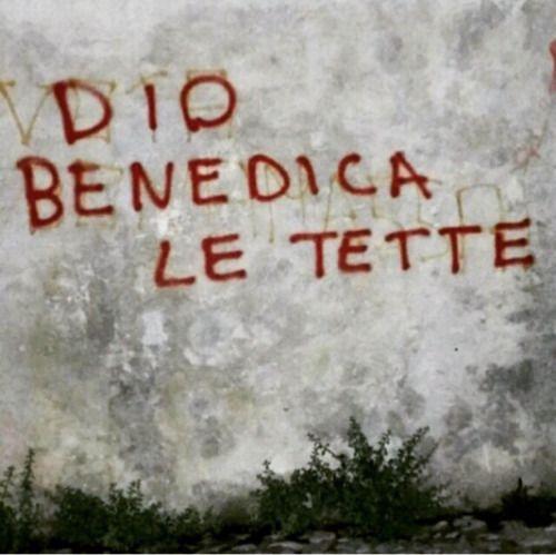 Abbondanza benedetta.Foto scattata a Milano.Grazie a Pathos per la fotoManda anche tu il tuo scatto tamarro qui: amoretamarro.tumblr.com/submit
