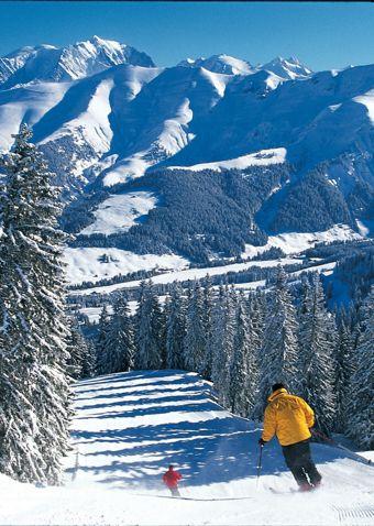 Megève, grand ski & points de vues.  Megève, amazing ski and points of view.  Réservation/Booking: http://forfaits.megeve.com