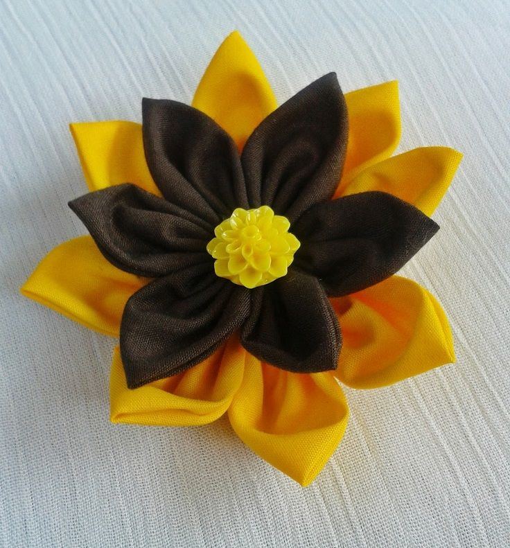 Top 10 Pretty Fabric Flower Tutorials