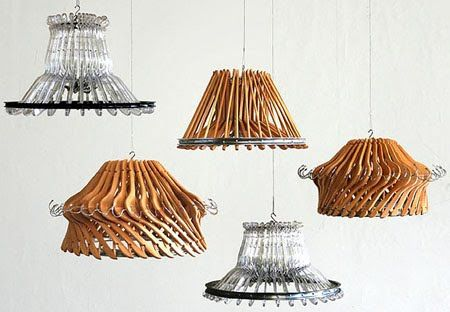 lamparas-creadas-con-perchas.jpg (450×312)
