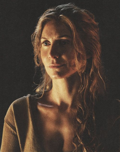 Elizabeth Mitchell as Juliet Burke | LOST