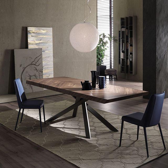 Move Your Space. El #estiloitaliano se encuentra con la funcionalidad del espacio en los productos OZZIO marca disponible en nuestro showrooom. Te esperamos.#AmbientesConEstilo