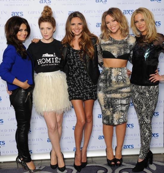 Girls Aloud  Love the blue shirt outfit
