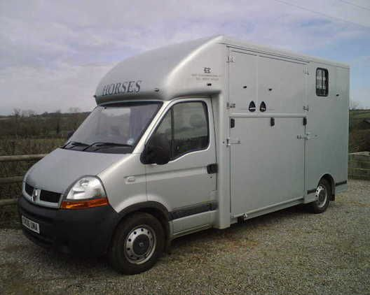 Louise Oxland Horse Transport