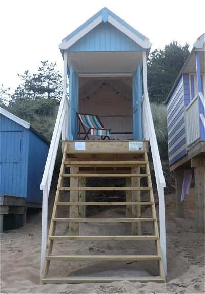 Even though the Northern Hemisphere is experiencing winter weather, I thought it would be fun to interject a bit of summer before the holidays really heat up. These colorful beach huts are custom made by James Ward in the United Kingdom and with a little foresight can be made into a tiny house.