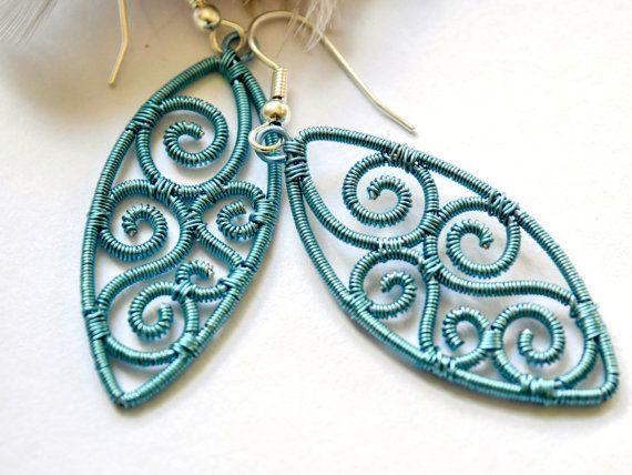 licht blauwe draad gewikkeld oorbellen fantasie door TaniHandmade