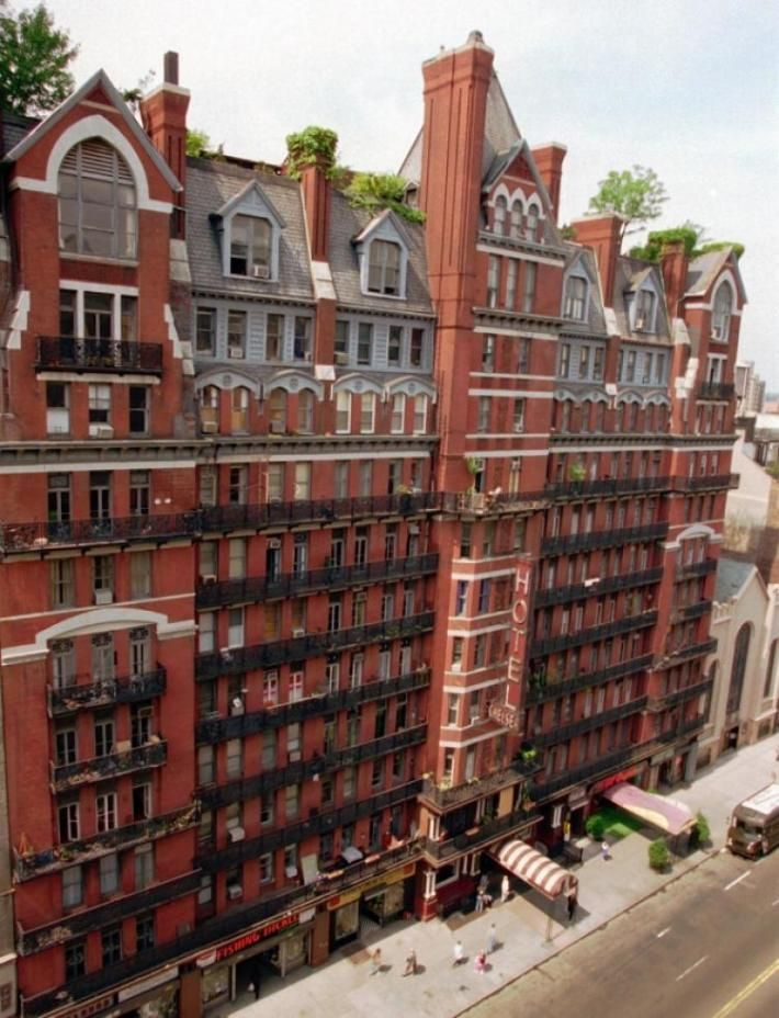 Hotel Chelsea New York Haunted Hotels Of The World