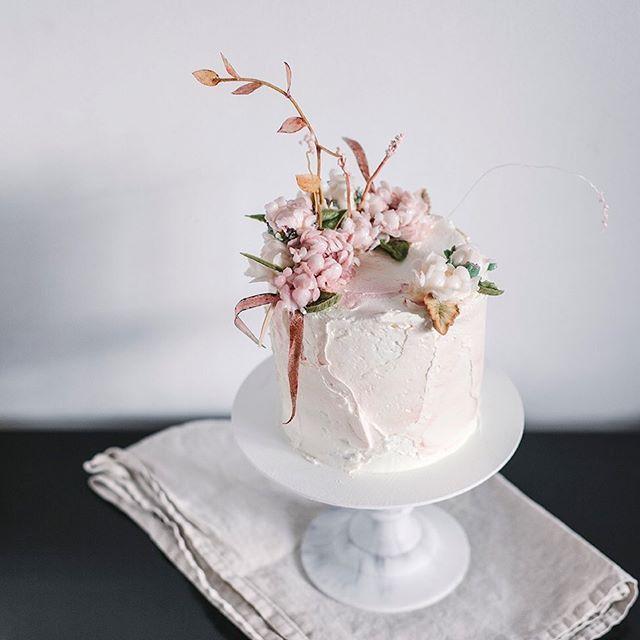 Buttercream Boho All Edible No Wire Takie Kremowe Lubie Najbardziej Cale Jadalne Bez Drucikow Sztu Cake Beautiful Birthday Cakes Healthy Sweets