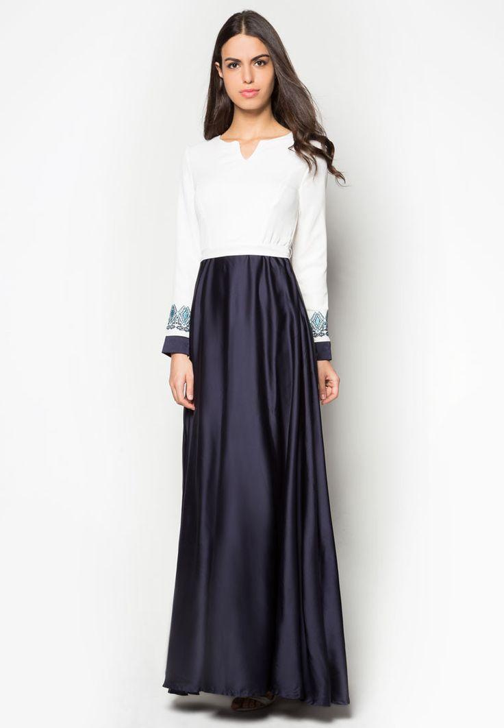 buy zalia embroidered flare maxi dress online zalora