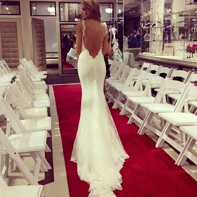 Backless Mermaid Gown: Best 25+ Backless Wedding Dresses Ideas On Pinterest