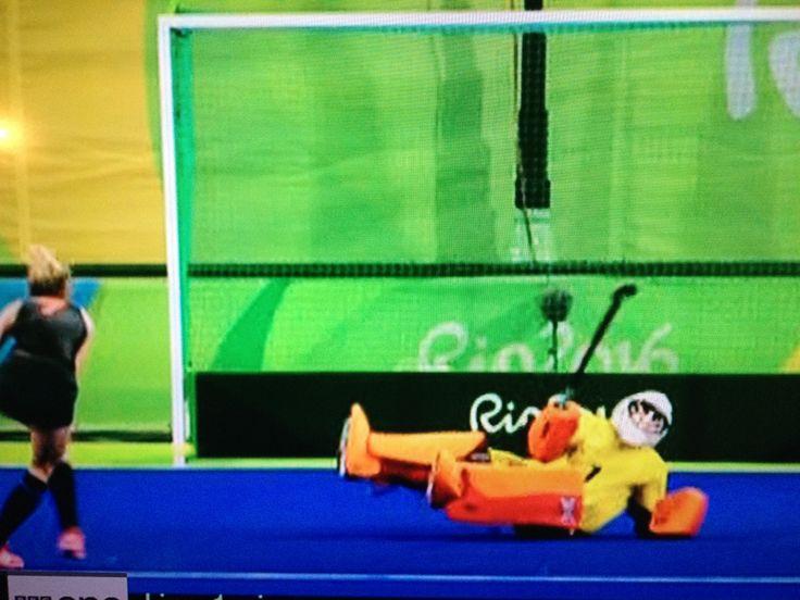 Maddie Hinch Hockey champion team GB Olympic Gold against Netherlands Rio 2016
