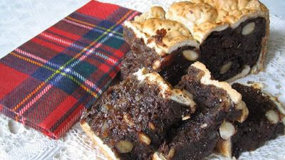 the-traditional-tastes-of-scotland #scotland #bedandbreakfast #food #balckbun #tartan #serviette