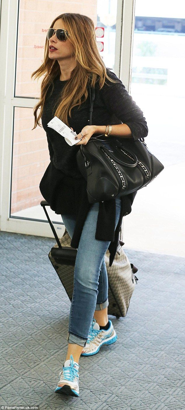 Stylish traveller: Sofia Vergara worked a casual yet cool ensemble as she made her way through Savannah airport in Georgia on Sunday