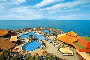 Spanje Tenerife Puerto Santiago  Dit bekende zeer populaire hotel is gebouwd op een panoramische locatie met uitzicht op zee. De uitzichten over Los Gigantes en La Gomera zijn fantastisch. De stranden van Los Gigantes en Playa de...  EUR 504.00  Meer informatie  #vakantie http://vakantienaar.eu - http://facebook.com/vakantienaar.eu - https://start.me/p/VRobeo/vakantie-pagina