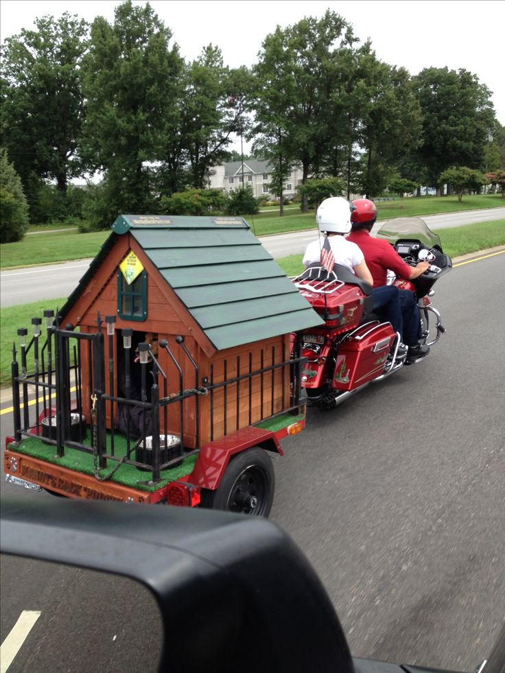 Bike trailer Dog House - no longer forced to stay home, now your 'best