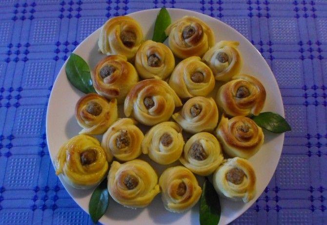 Töltött diós rózsák