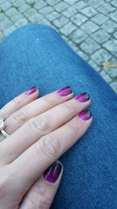 Fall nails #gradient #purple #coldhands