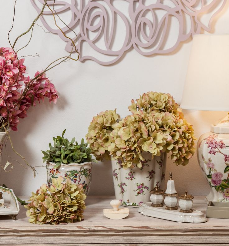 Elegant Vases just like in the beautiful old days! Magical Flowers placed with great care!