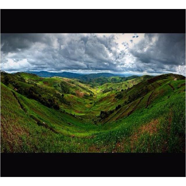 Magical Burundi valley http://www.travelbrochures.org/224/africa/travel-burundi #travel #africa #burundi