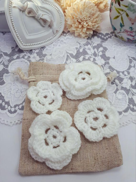 4 white acrylic flowers crochet flowers white sewing flowers by Rocreanique on Etsy
