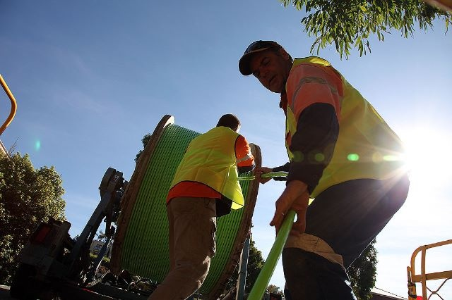 NBN Co broke new ground in South Morang, VIC, today! Ribbon fibre hauled for the first time outside new developments