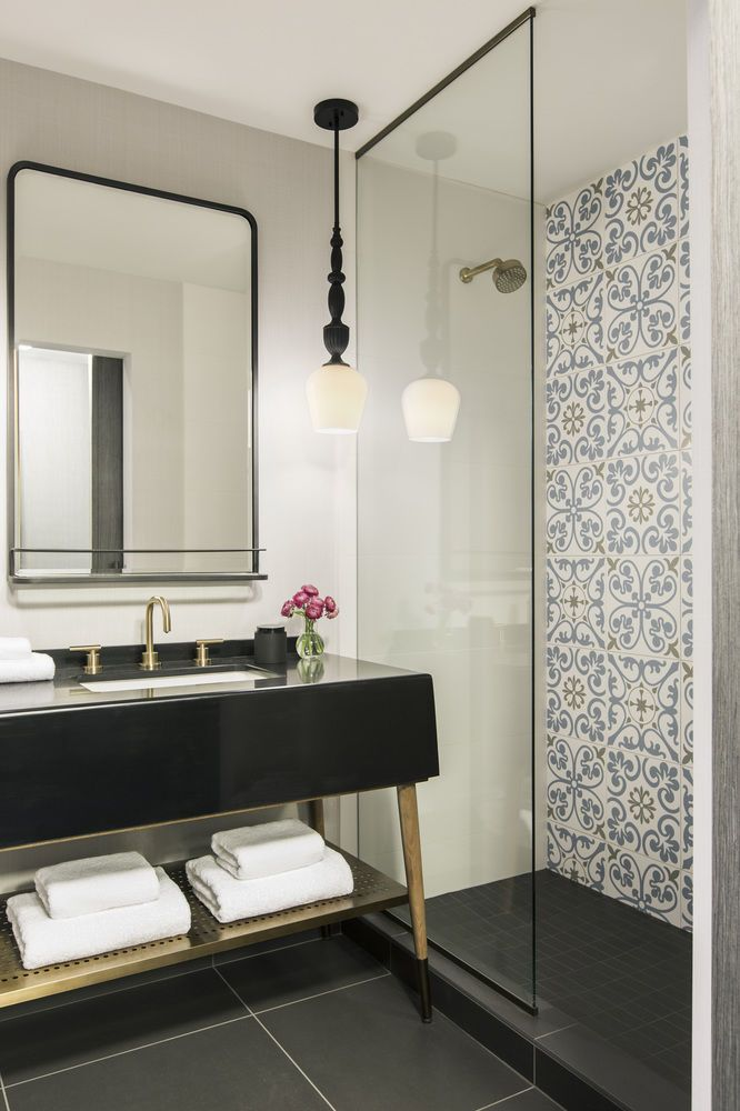 The Kimpton Gray Hotel, Chicago, Deluxe Room, 1 King Bed, Bathroom